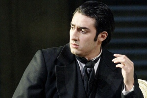 Charles Castronovo as Alfredo in La traviata. © Catherine Ashmore
