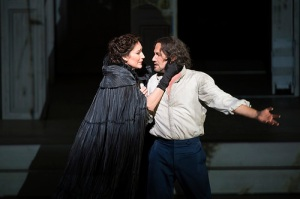 Véronique Gens as Donna Elvira and Mariusz Kwiecien as Don Giovanni in Don Giovanni © ROH / Bill Cooper 2014