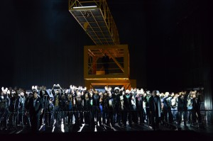 Otello at Theater Basel: ©Hans Jörg Michel Kristian Benedikt, Simon Neal, Chor- und Extrachor des Theater Basel