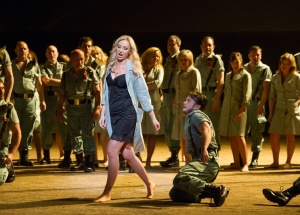 Justina Gringyte & Chorus of English National Opera in Carmen at ENO © Alastair Muir