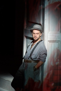 Alex Esposito as Leporello © ROH Photographer Bill Cooper