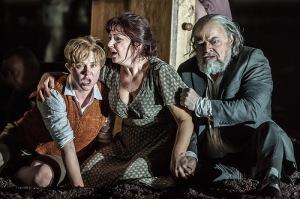 Sofia Fomina, Enkelejda Shkosa, Eric Halfvarson in Guillaume Tell © ROH/Clive Barda