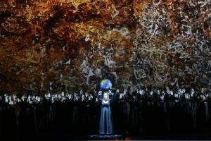 Jennifer Johnston, Coro del Teatro alla Scala in Battistelli's CO2 © Teatro alla Scala
