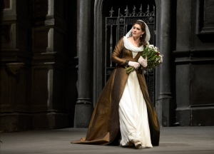 Anja Harteros as Tosca at the Deutsche Oper Berlin © 2013, Bettina Stöß