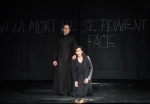 Stéphane Degout, Véronique Gens in Alceste at the Opéra de Paris. Photo: © Julien Benhamou