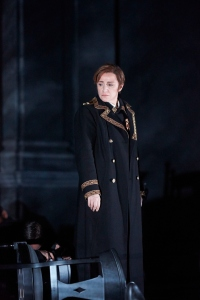Anna Bonitatibus as Tancredi at the Opéra de Lausanne © M. Vanappelghem