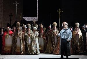 Ambrogio Maestri, Chor der Bayerischen Staatsoper © Wilfried Hösl