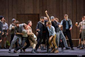 Eric Cutler, dancers and the Herrenchor der Staatsoper Hamburg.  Photo: © Brinkhoff/Mögenburg