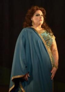 As Dalila at the Opéra de Montréal. Photo: © Yves Renaud.
