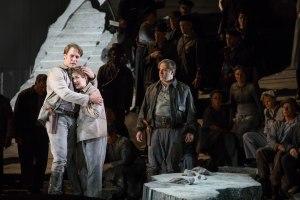 Brandon Jovanovich, Annie Rosen & Lyric Opera Chorus.  © Todd Rosenberg Photography 2016