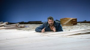 As Idomeneo in Essen.  Photo © Bettina Stöß